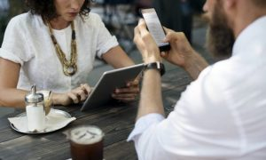 Should you use your phone during meetings?